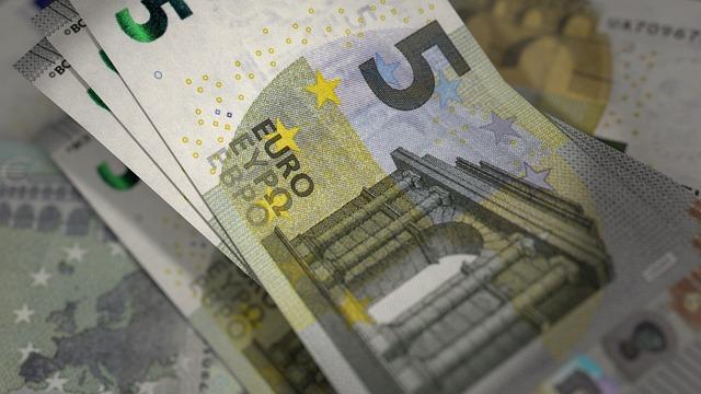 modré eurobankovky